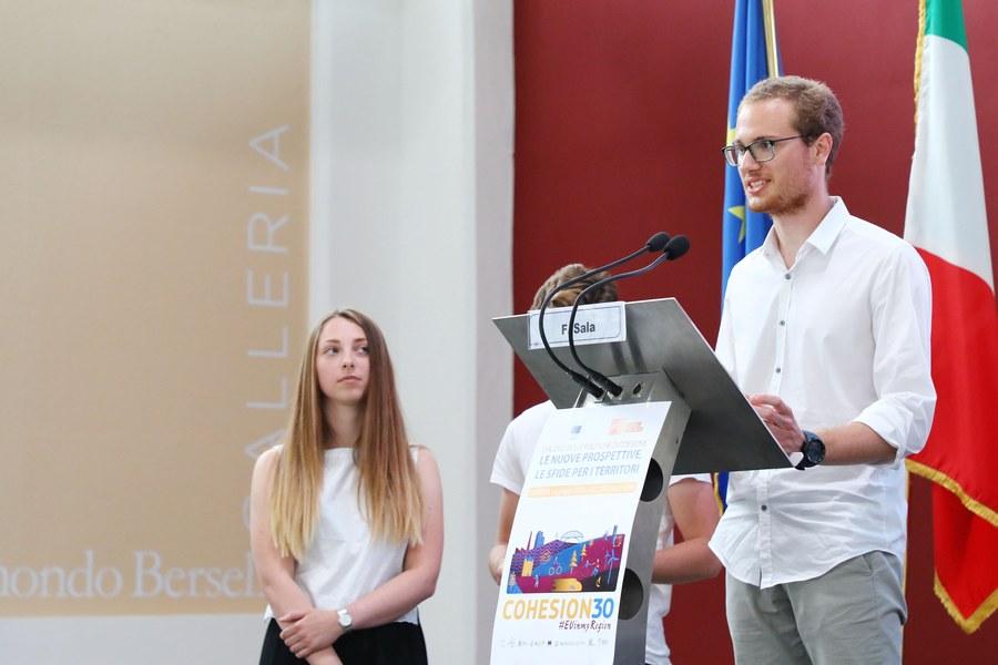 Gli studenti Marco Galli, Matteo Baldinini, Uma Vanita Spina - progetto Z.E.K.