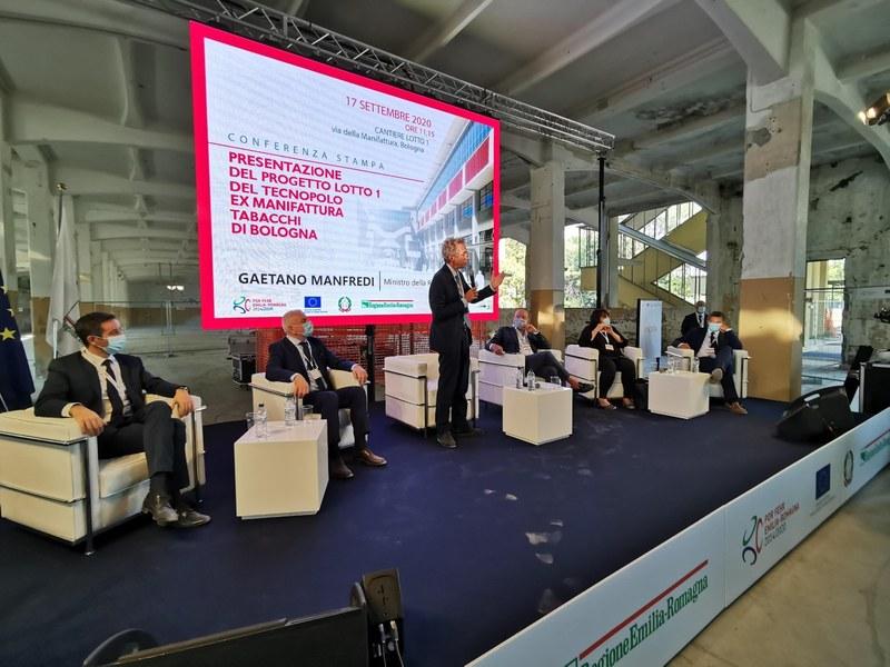 Ministro della Ricerca e dell'Università Gaetano Manfredi