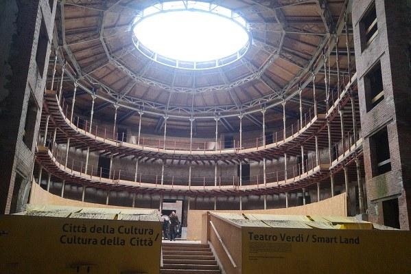 L'ex Teatro Verdi in corso di ristrutturazione